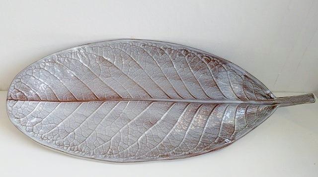 ceramic-magnolia-leaf